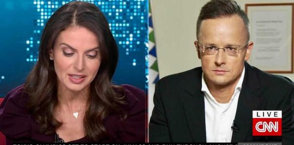 Szijjártó élőben tette helyre a CNN riporterét