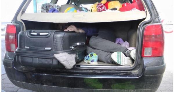 Ismét román embercsempészeket fogtak a rendőrök Fertőendréd közelében