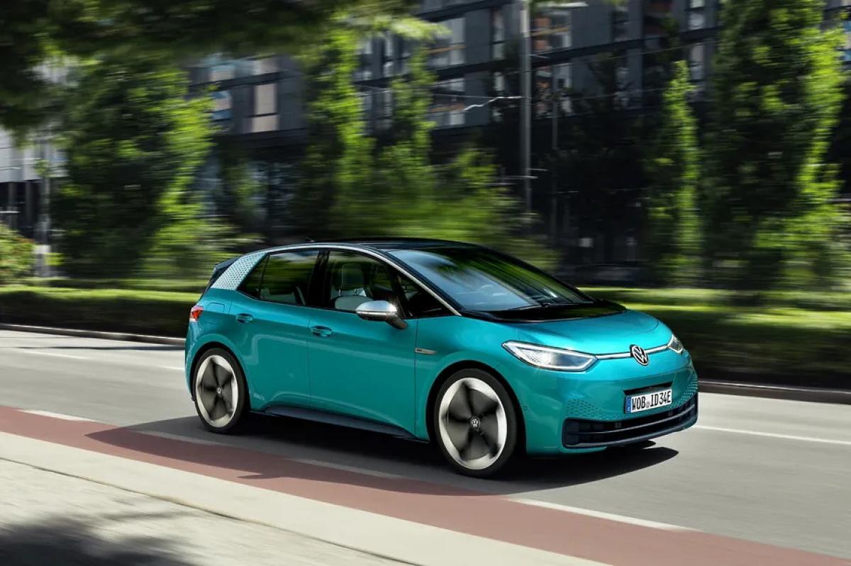 Zöld fordulat: újabb egymilliárdot biztosít a kormány elektromos-autó vásárlásához